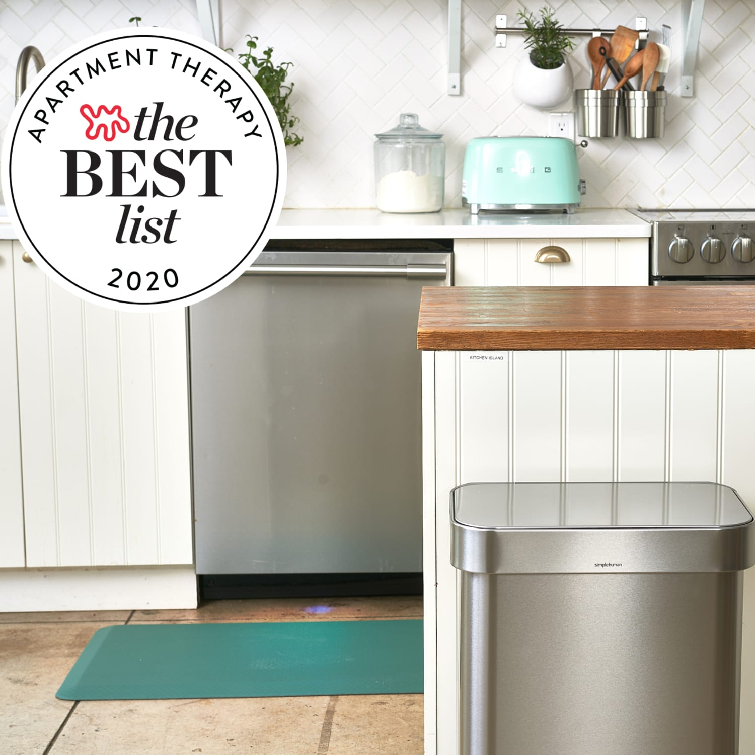 Best Kitchen Trash Cans Of 2021 Apartment Therapy