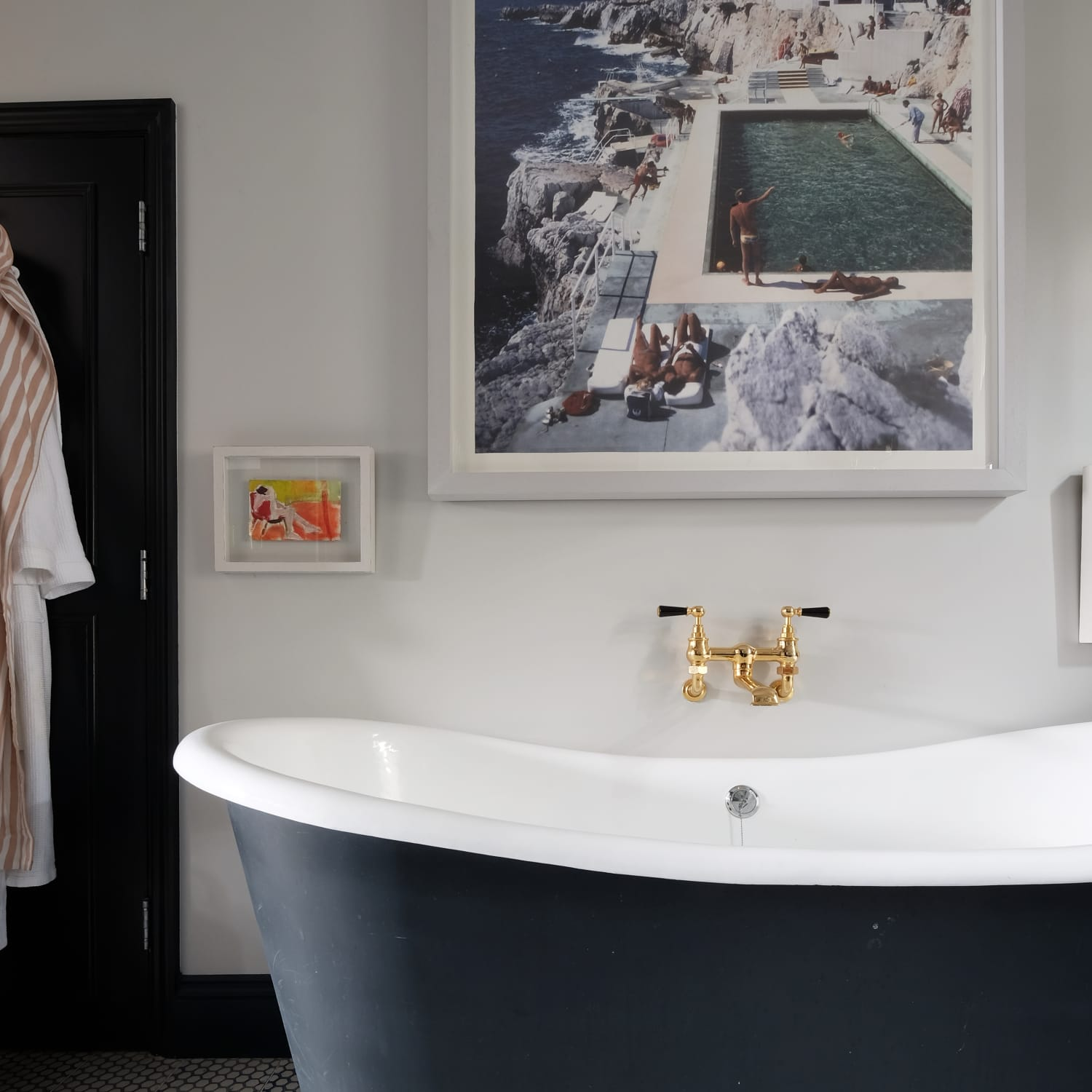 How To Clean An Old Porcelain Enamel Bathtub Or Sink Apartment Therapy