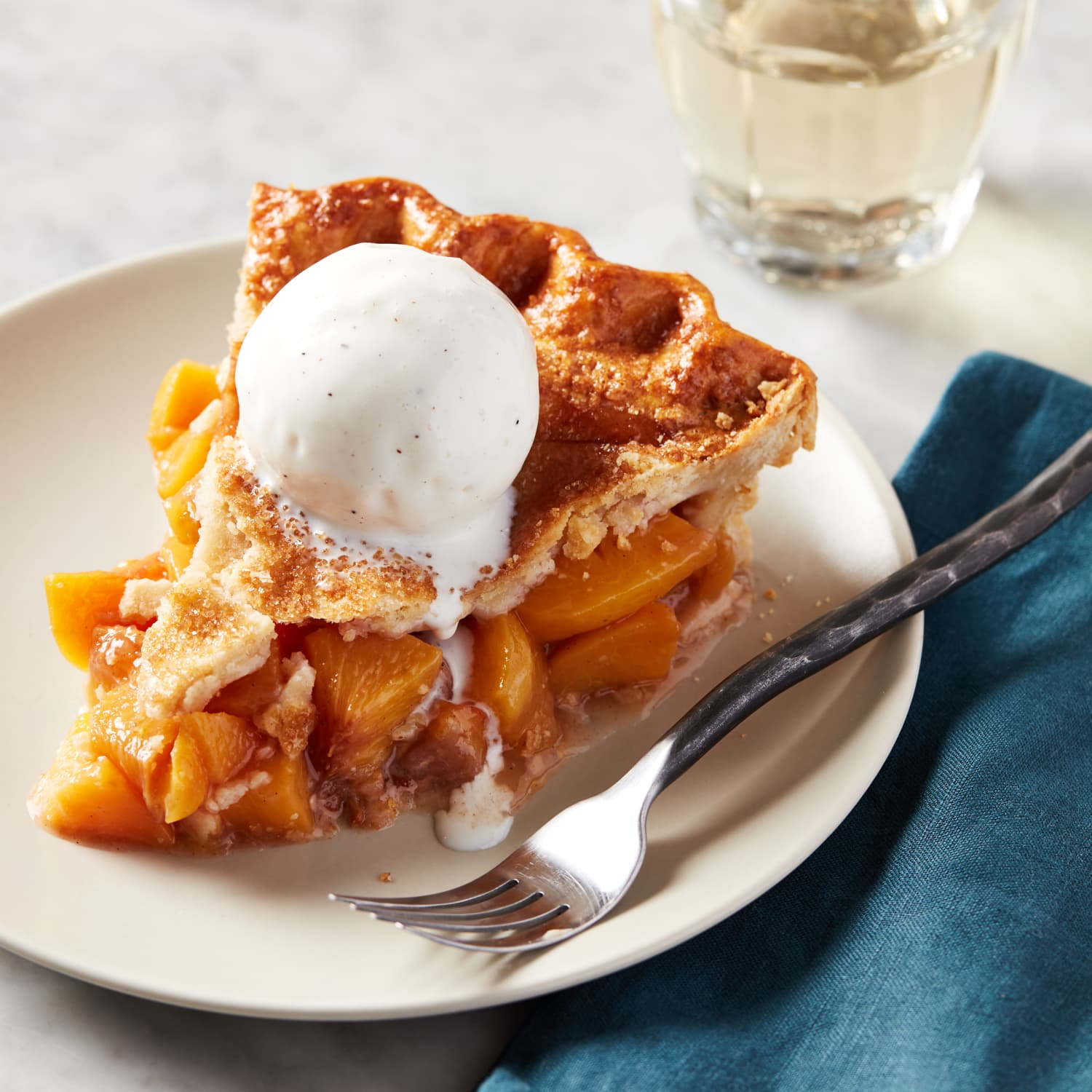How To Make A Perfect Peach Pie Kitchn