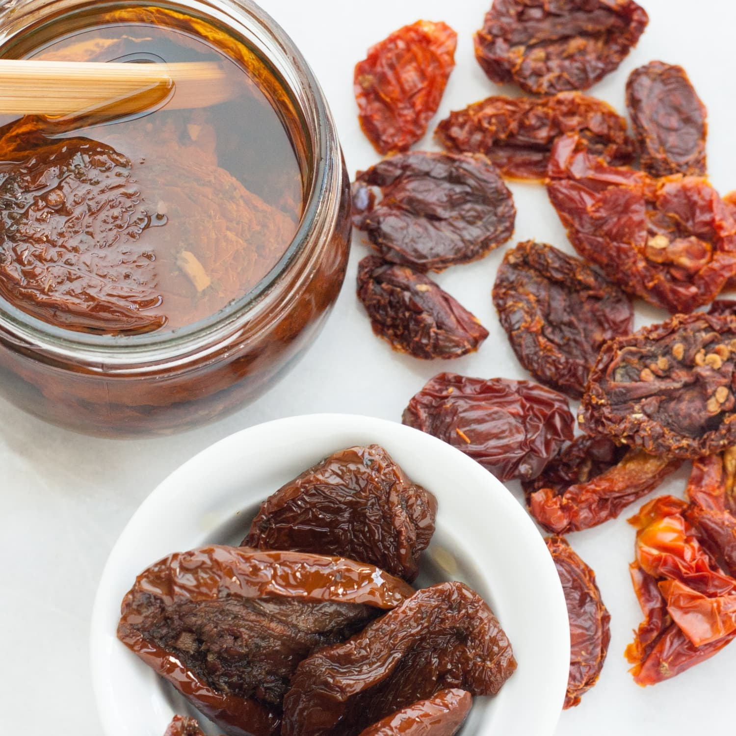 What S The Difference Between Dry And Oil Packed Sun Dried Tomatoes Kitchn