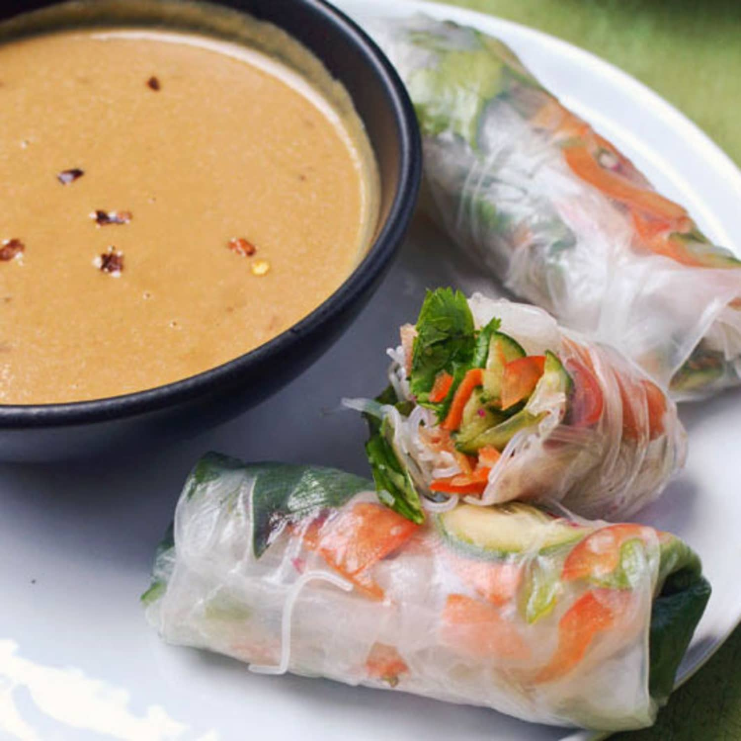 How To Make Vietnamese Spring Rolls Summer Rolls With Spicy Peanut Sauce Kitchn