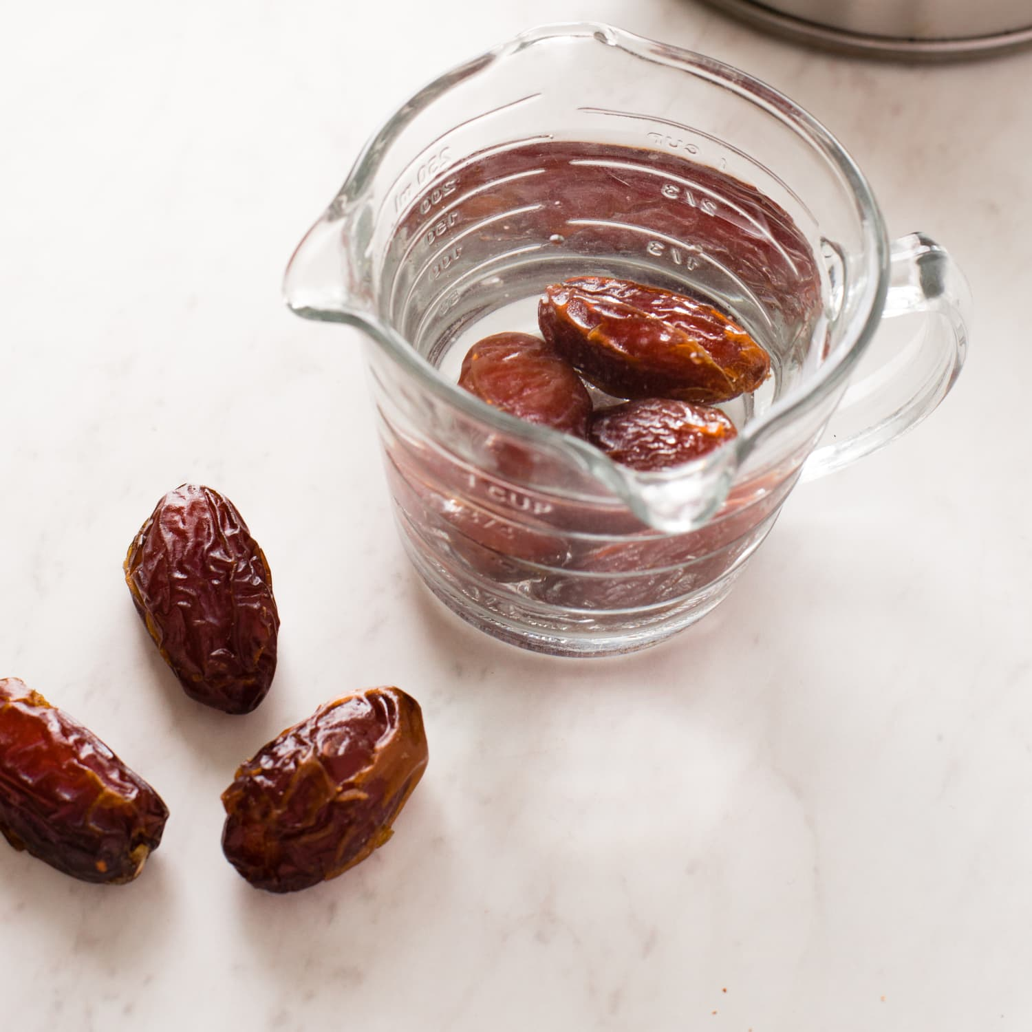 This Is the Best Way to Revive Stale Dates | Kitchn