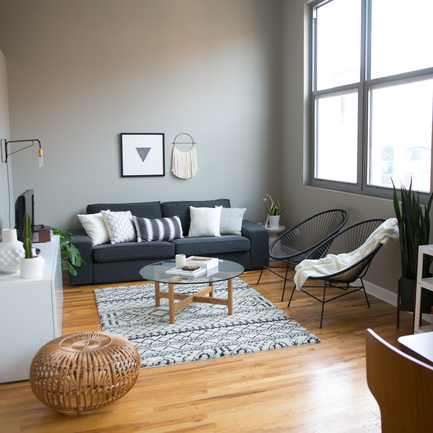 8 Living Rooms That Prove Gray Is A Timeless Choice Apartment Therapy
