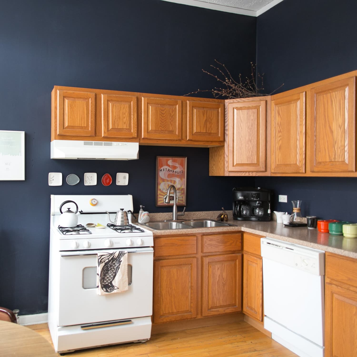 This Is How To Deal With Honey Oak Cabinets Paint The Walls Midnight Blue Kitchn
