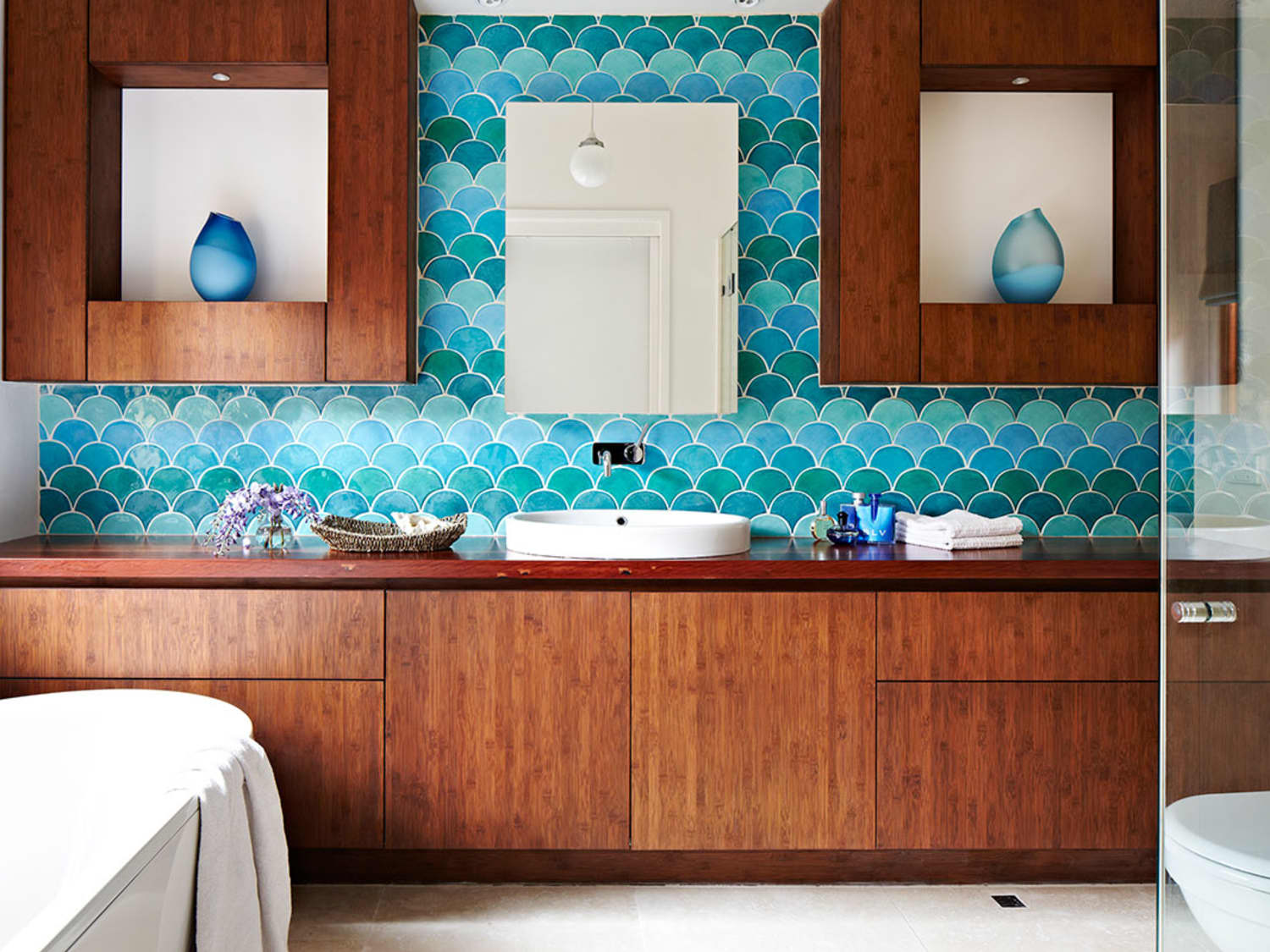 Totally On Trend Fabulous Fish Scale Tiles For The Bath Kitchen Apartment Therapy
