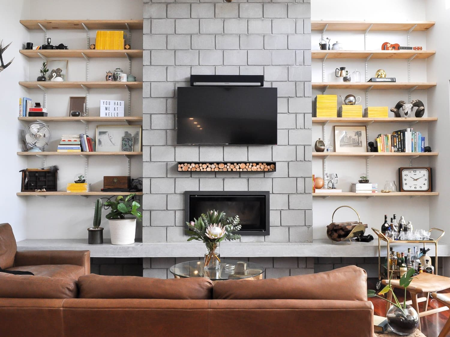 Tips For Hanging A Flat Screen Tv Over A Fireplace Apartment Therapy