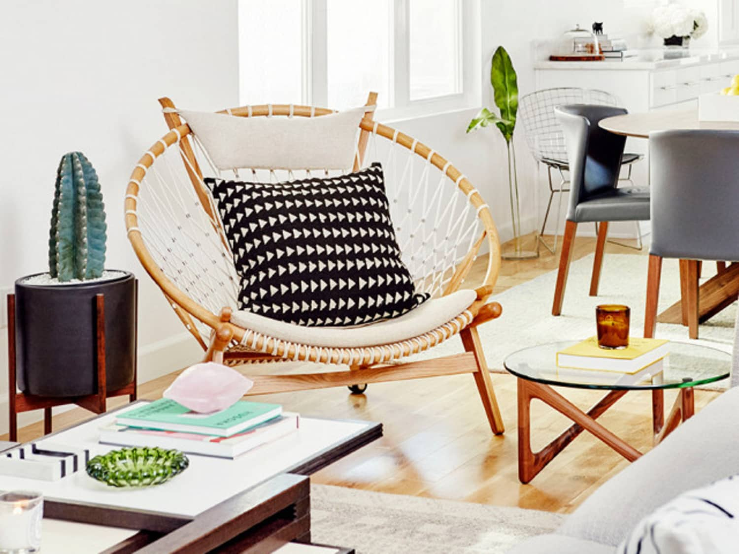 Picture of: The Papasasn Chair Is It Making A Comeback Apartment Therapy