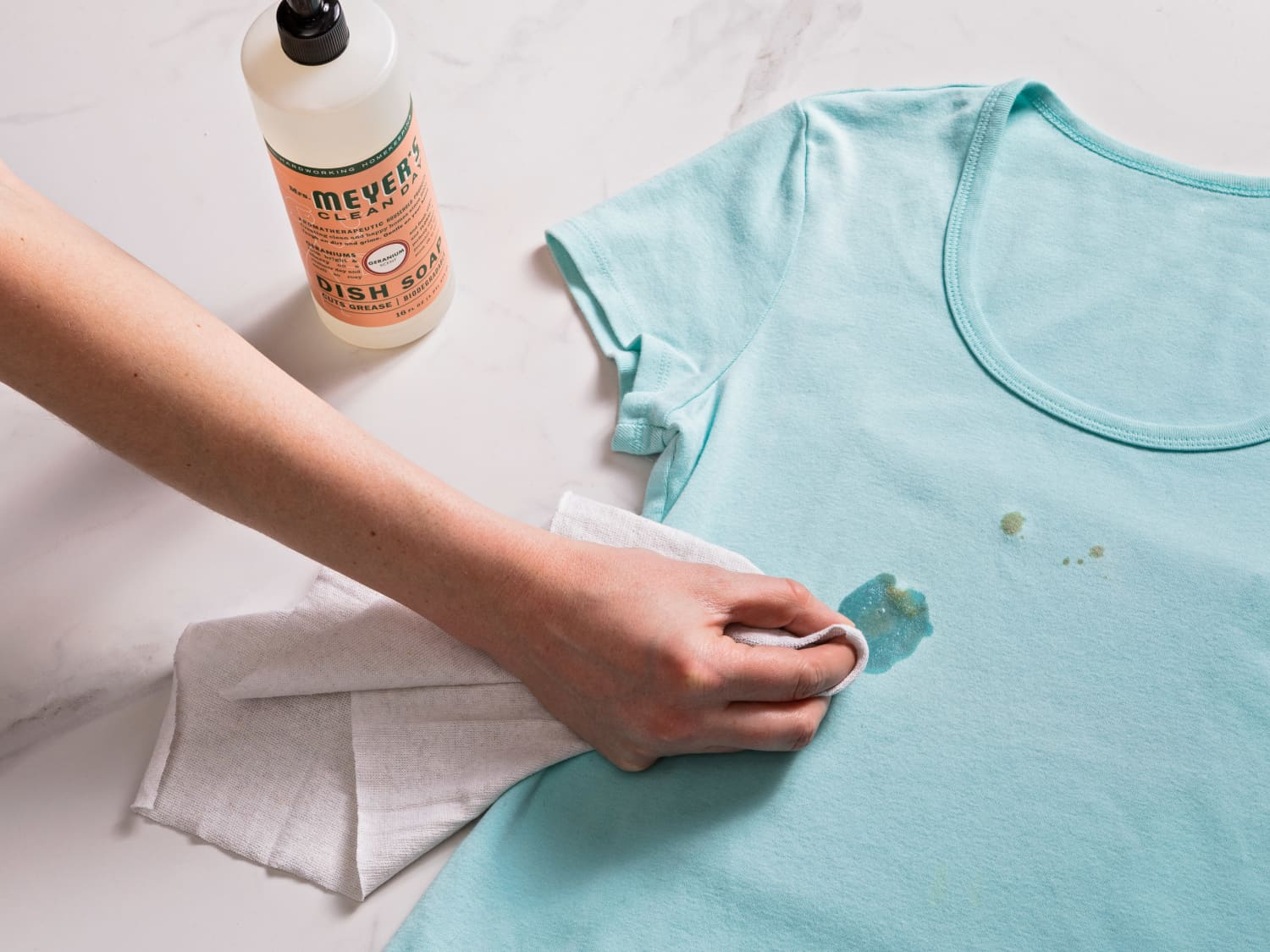 How to Get Oil Stains Out of Clothes, Step by Step