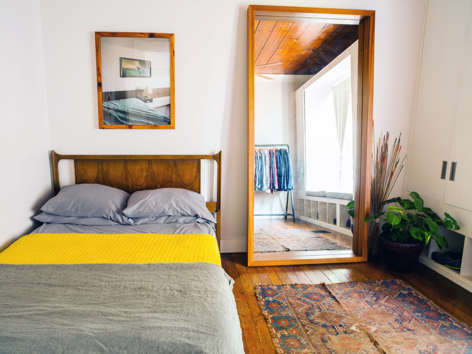 The Best Floor Mirrors: Target, CB8, Wayfair & More  Apartment