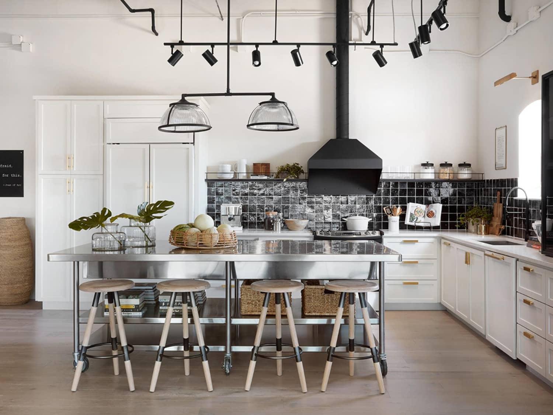 Best Fixer Upper Kitchen Designs From Joanna Gaines   Apartment ...