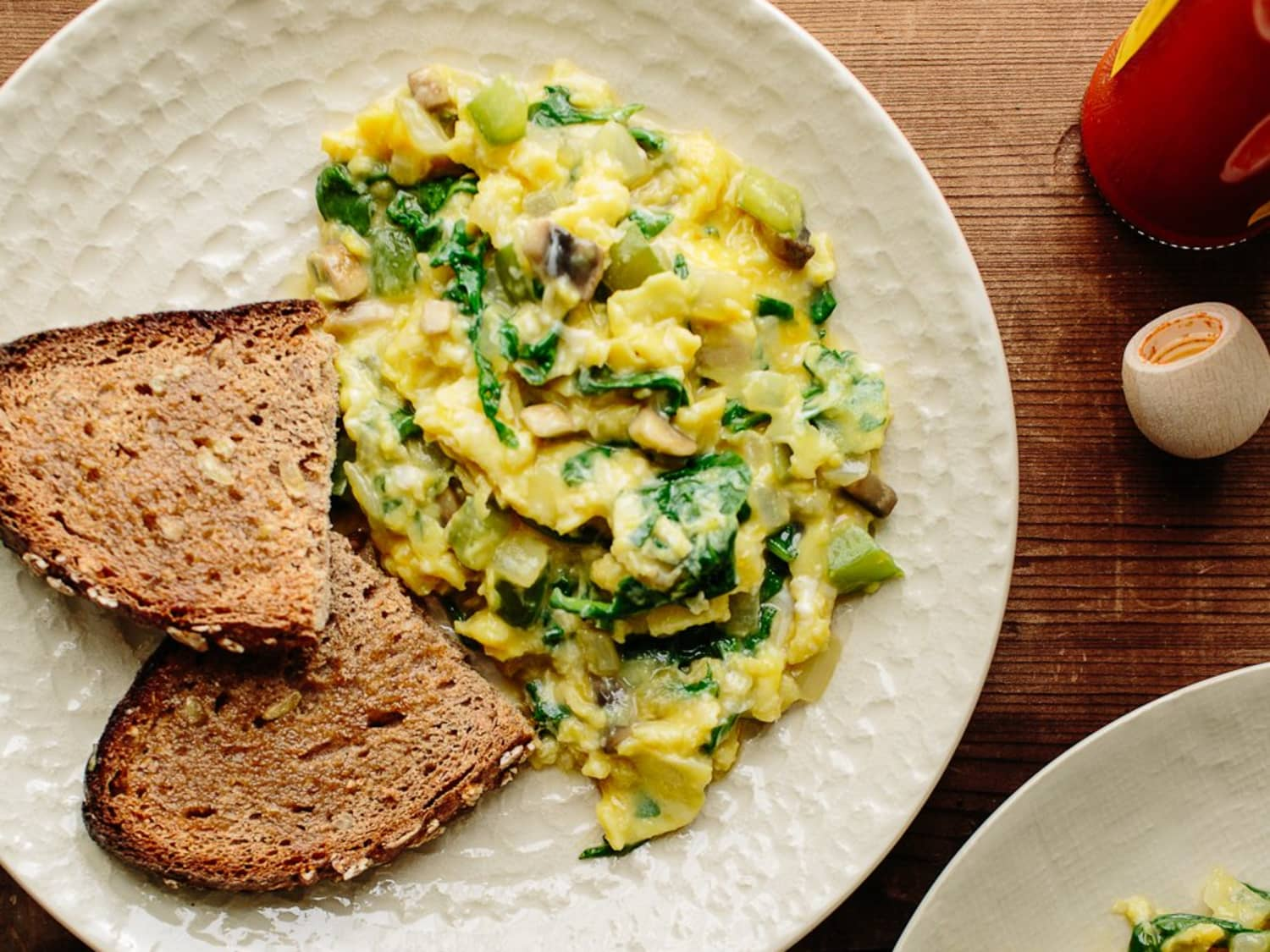 Recipe Scrambled Eggs With Green Peppers Mushrooms Kitchn