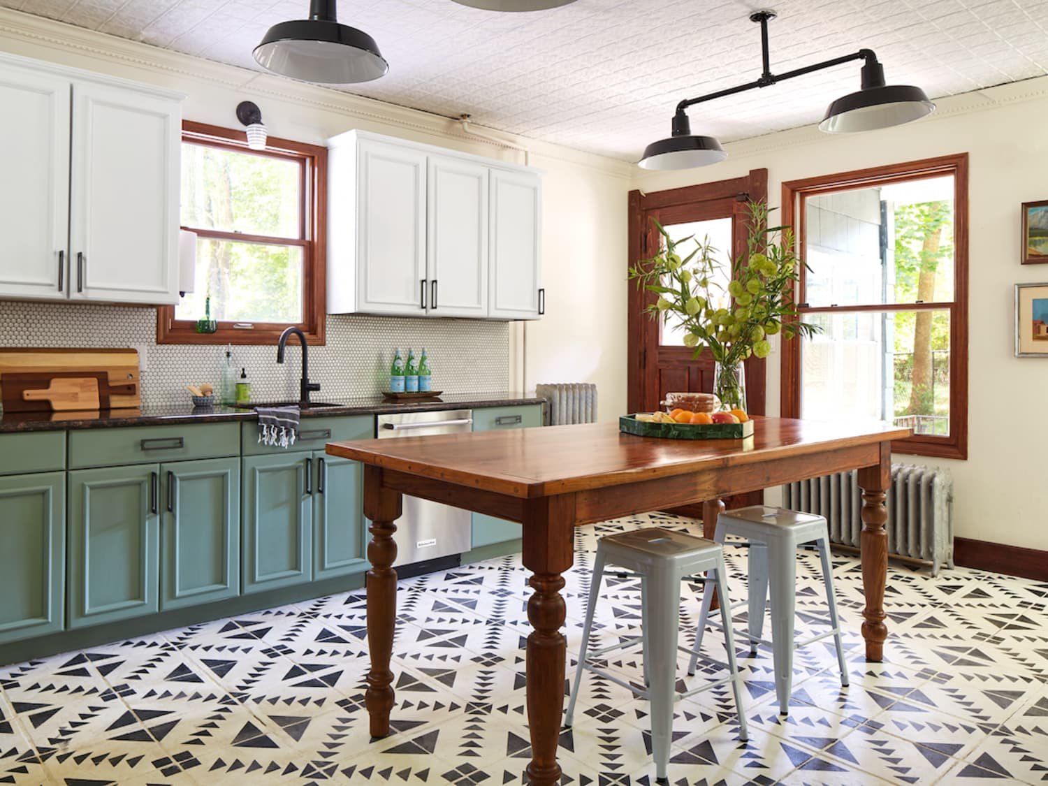 Yes You Can Paint Your Entire Kitchen With Chalk Paint Kitchn