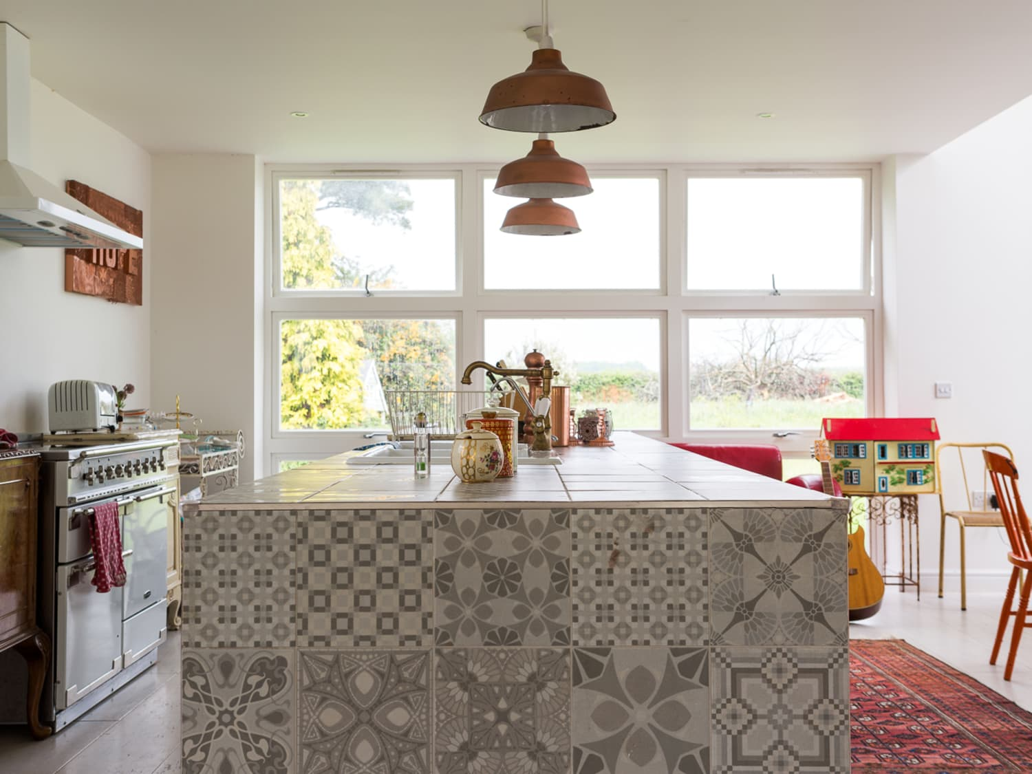 No Upper Cabinets Kitchen Trend Kitchen Cabinet Trend Apartment Therapy