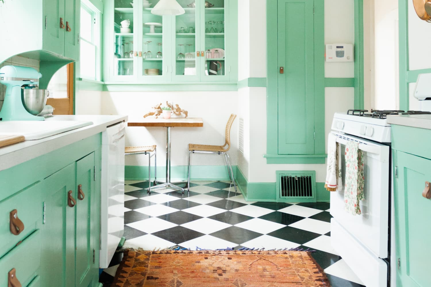 The 4 Best Kitchen Layouts, According to Interior Designers