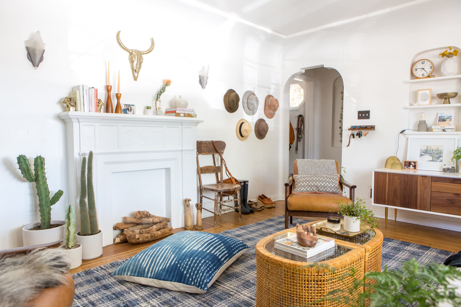 The 3 Living Room Trends That Are Slowly Disappearing From Our Homes