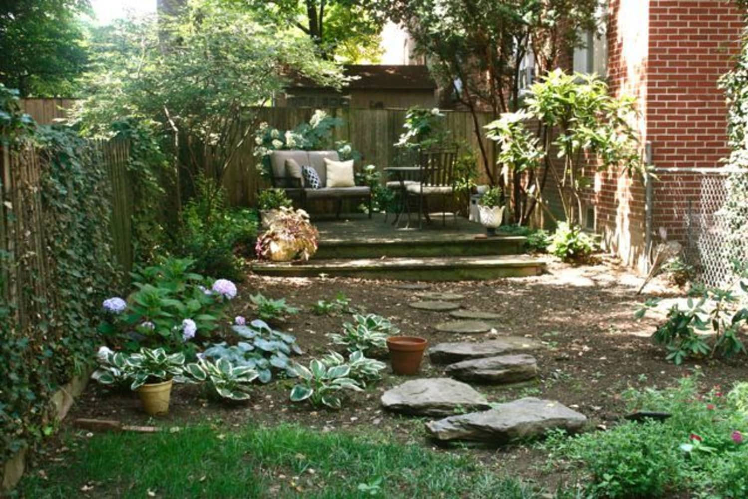 3 Landscaping Projects Experts Recommend Doing Before It Gets Cold