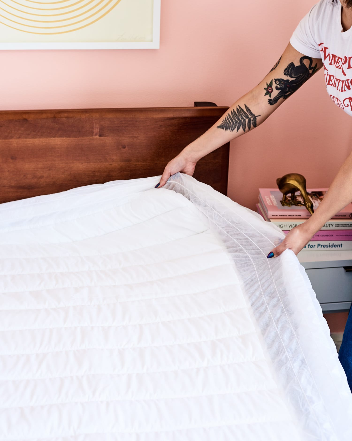 The Easiest Way to Sanitize Your Bed Sheets, According to a Laundry Expert