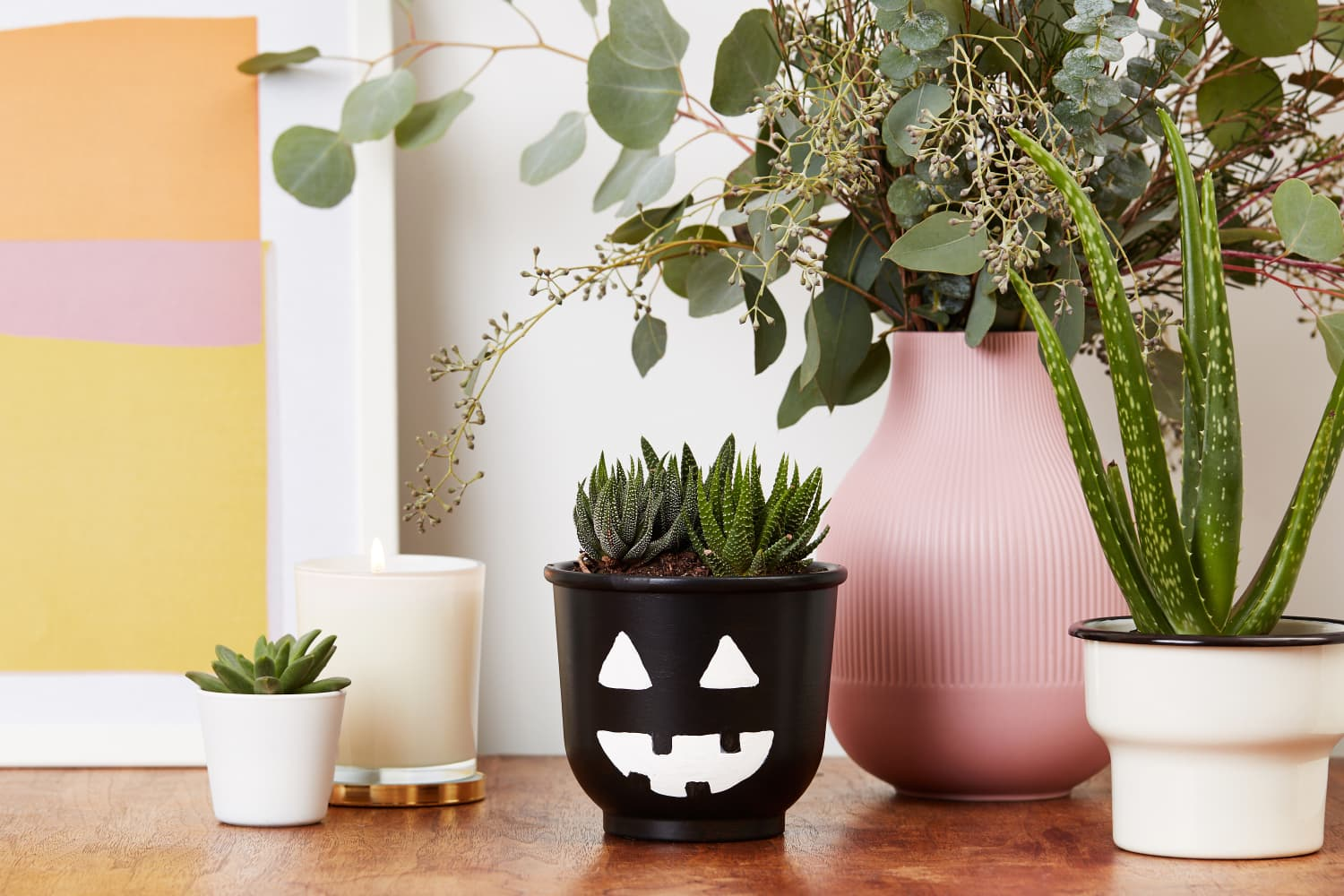 It Takes Just Two Easy Steps to Make This Terracotta Jack-o-Lantern