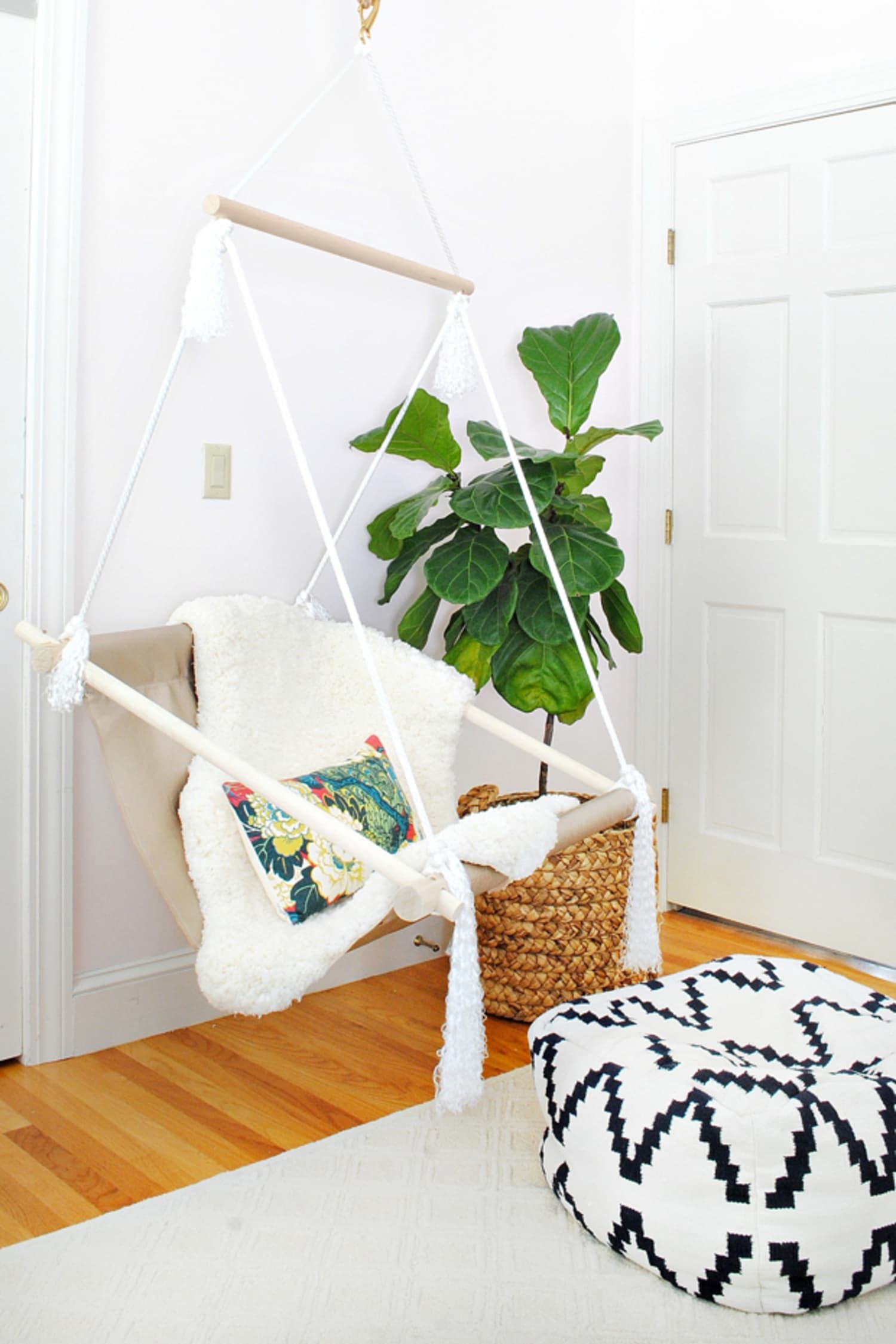 5 Indoor Swing DIYs, Because This Pinterest Trend Lets You Be a Kid Forever