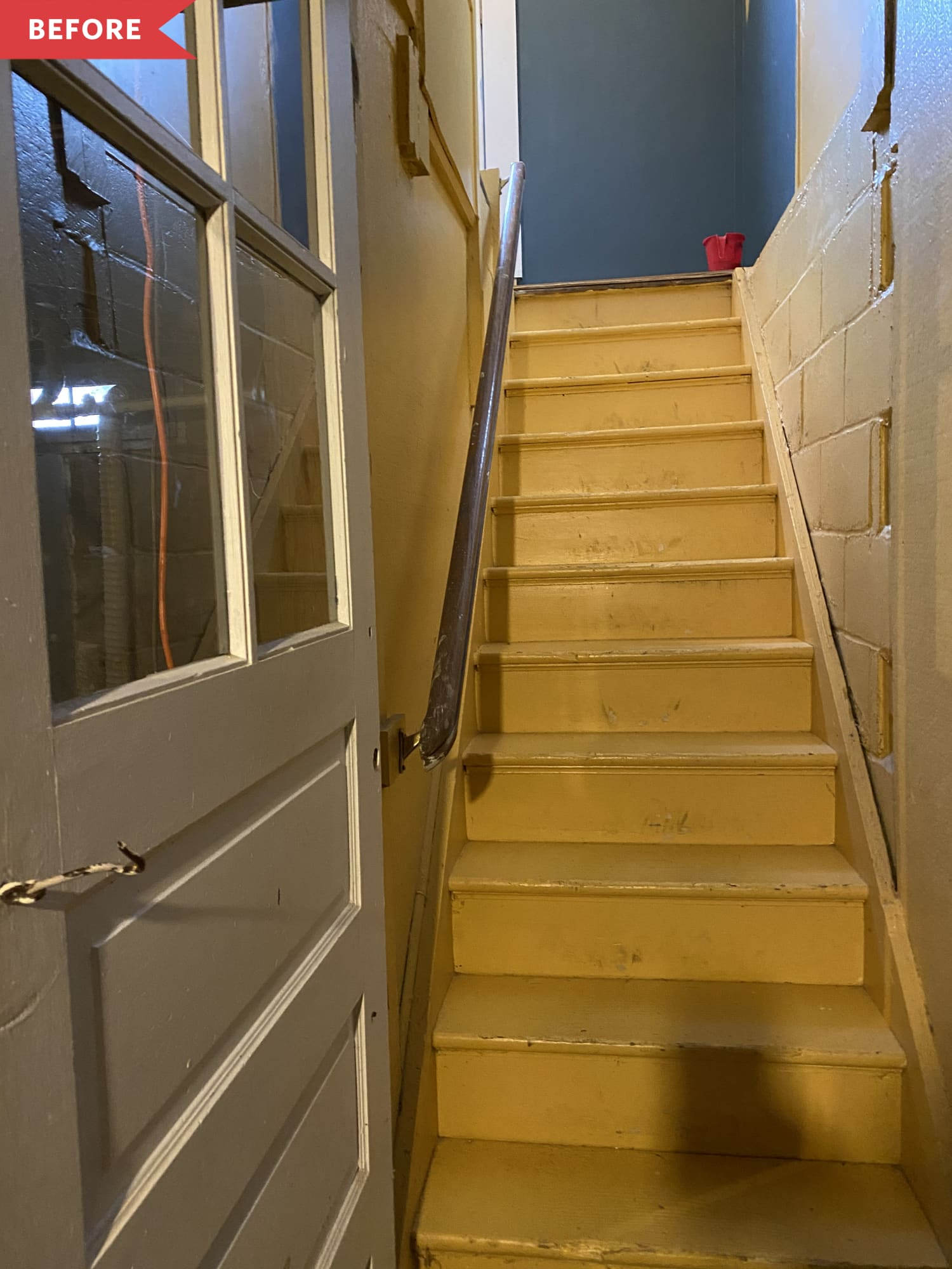 Before and After: A $0 Hack Gives These Sad Stairs a Colorful Boho-Style Upgrade