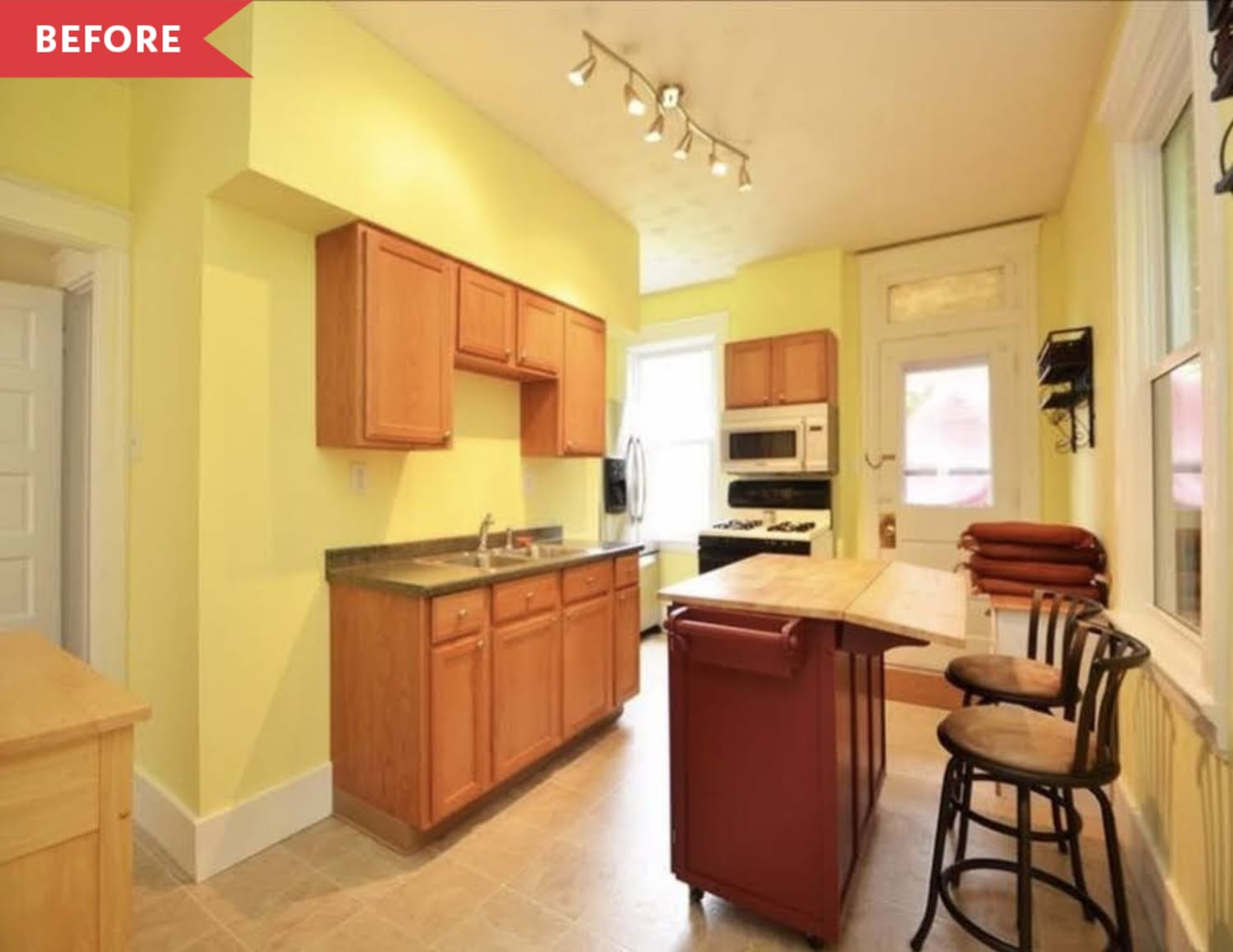 Before & After: A 2-Week, $900 Redo Gives a Dated Kitchen an Incredible New Life