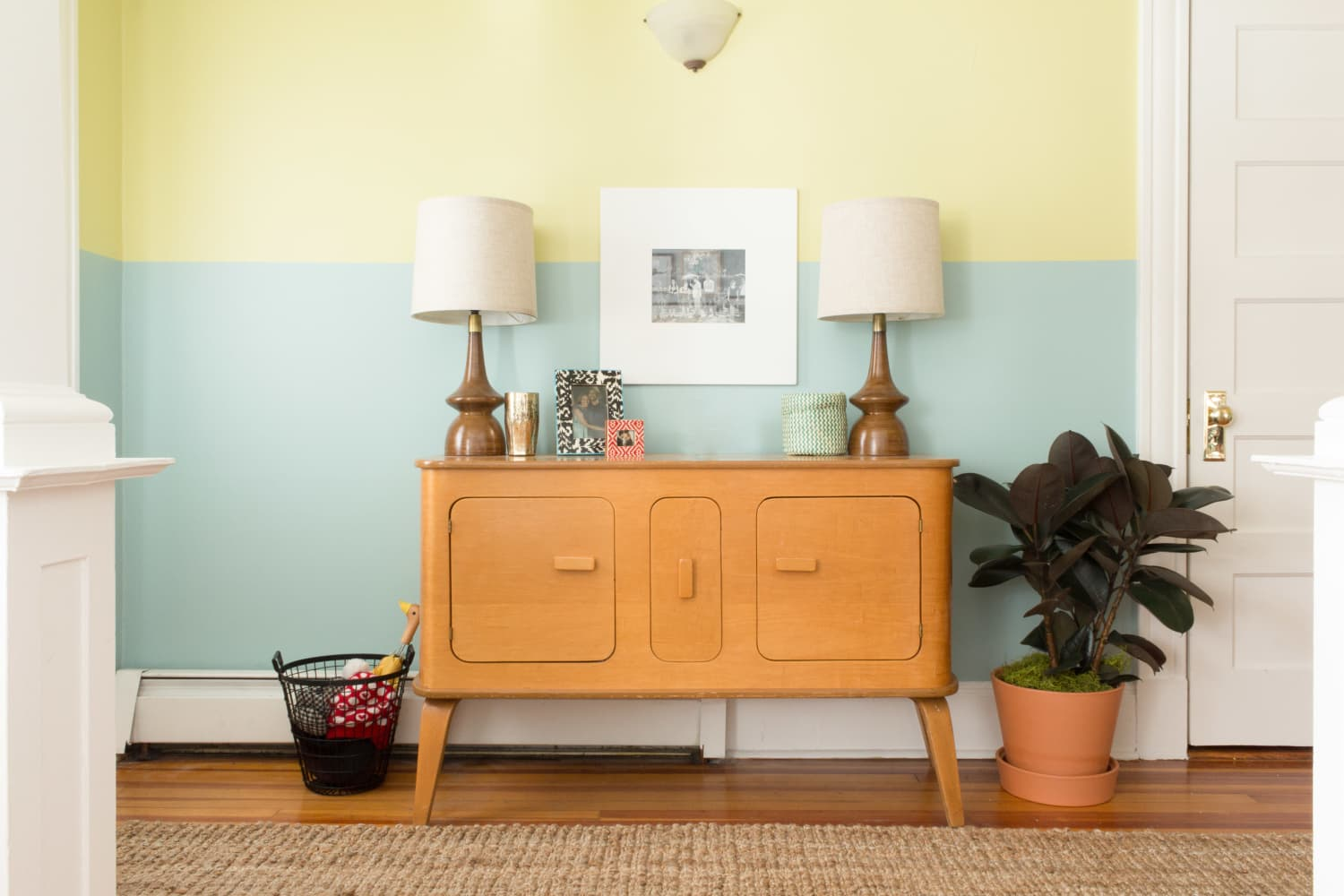 20 Things You Don't Need in Your Entryway