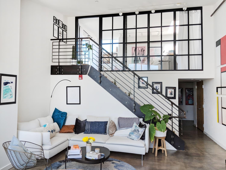 A Bright, Minimal-ish San Francisco Condo Has a Cute, Plant-Filled Modern Balcony