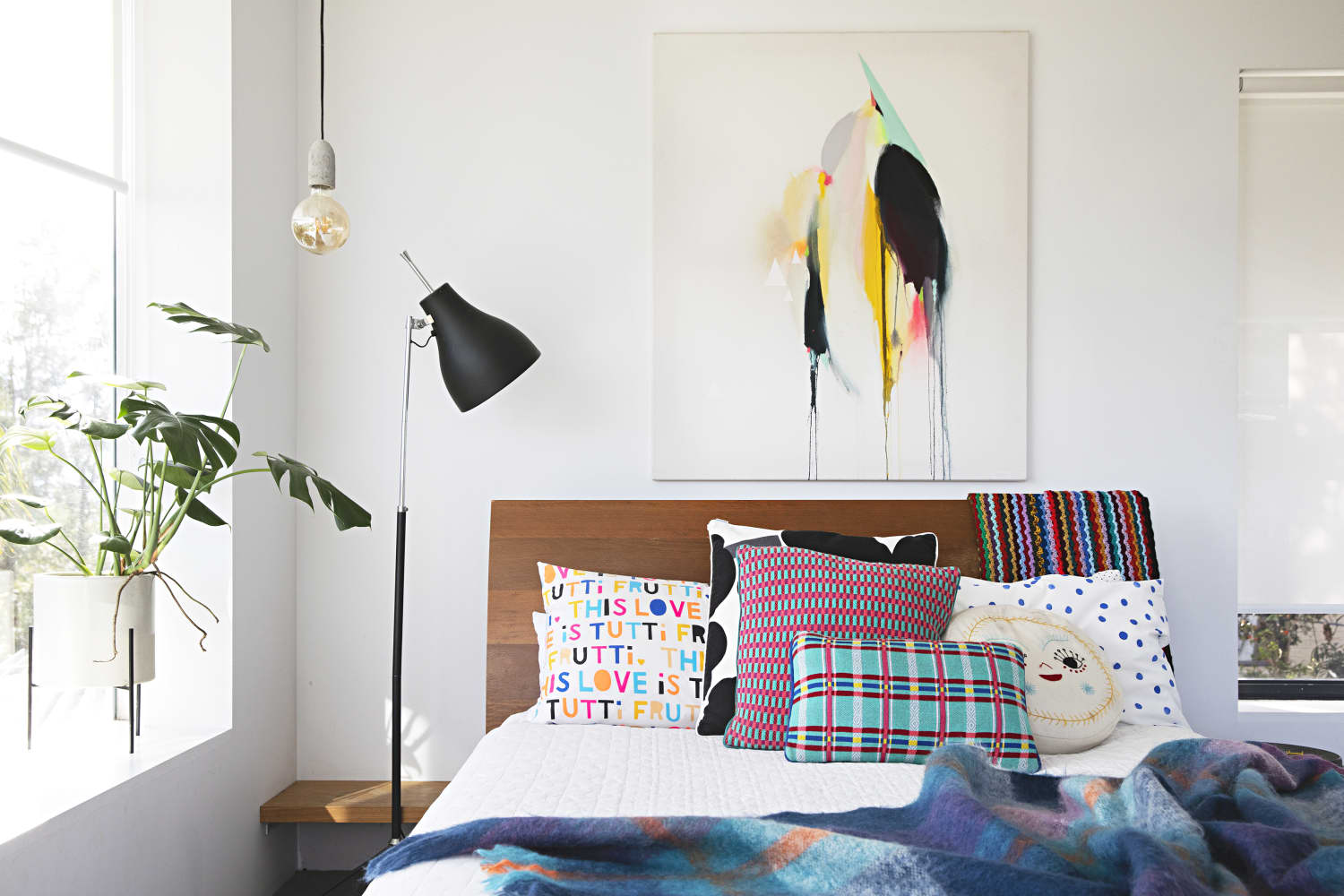 Clean Your Bedroom in 20 Minutes With This Checklist