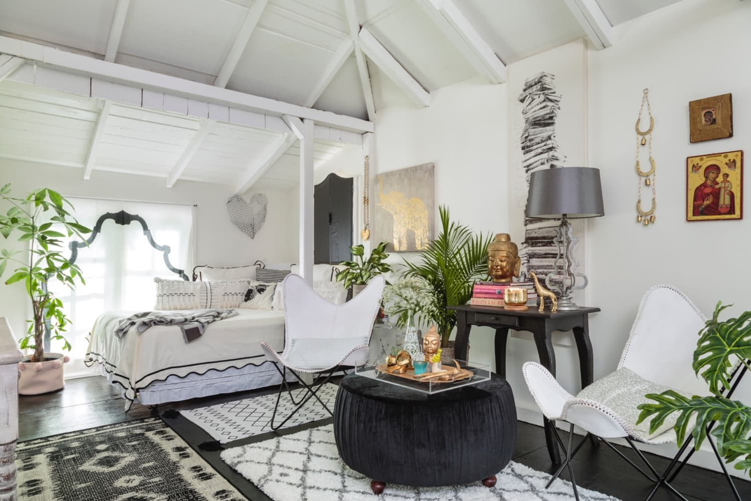 A 450-Square-Foot Formerly Derelict Garage Is Now a Luxe Boho Guesthouse