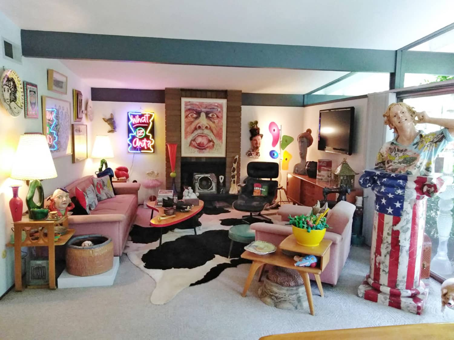 See Inside This Sculptor's Incredibly Colorful Art-Filled Mid-Century Modern Home
