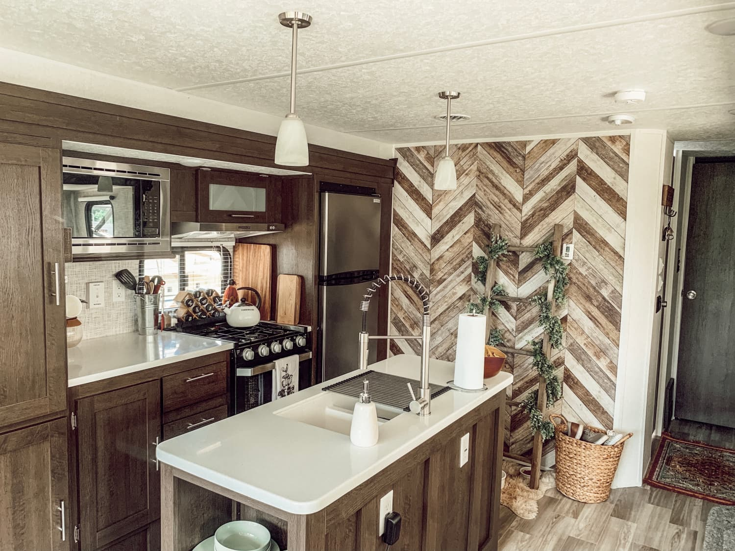This 250-Square-Foot RV Is a Rustic Boho Farmhouse on Wheels