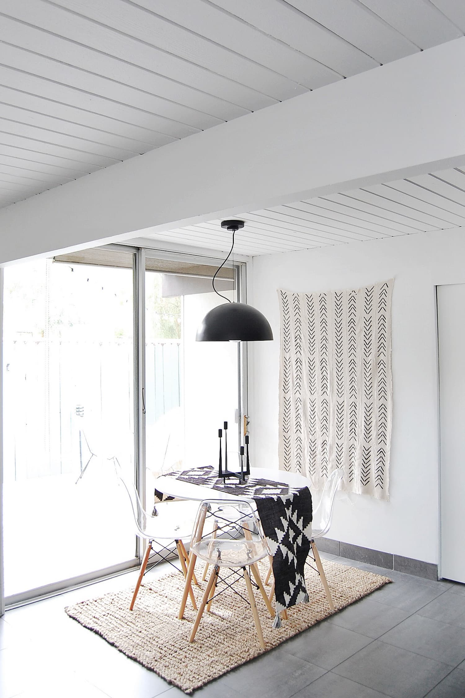 Get the Look: A Boho Palm Springs Home Filled with Tribal Prints