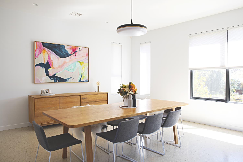 An Australian House Masters Warm, Minimal Modern Style