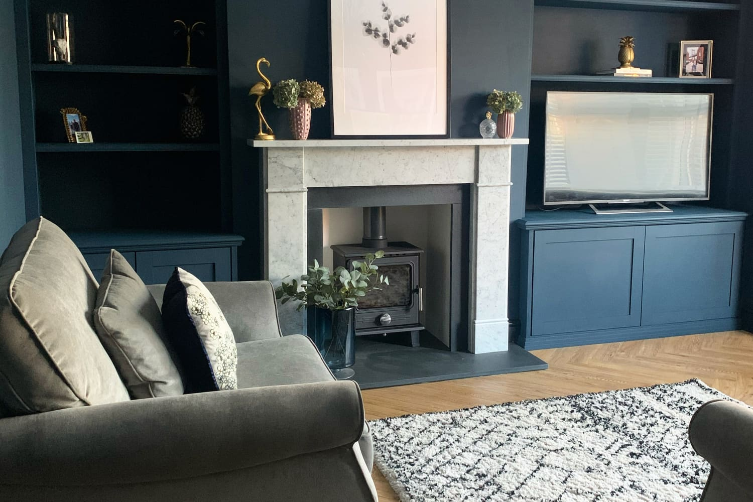 Oh Look, Another UK Home With a Deliciously Dark and Dramatic Color Palette