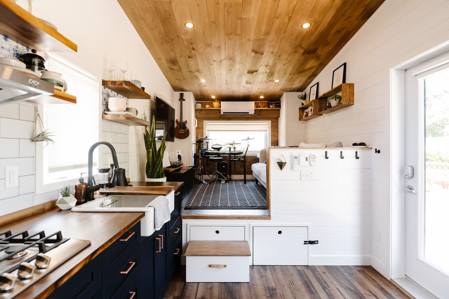 This 331-Square-Foot Tiny House Fits More Things Than We Can List in a Headline