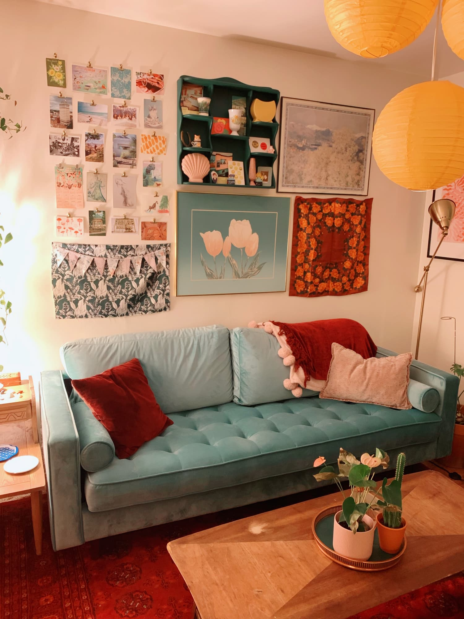 A Studio Apartment Didn't Come With a Kitchen, So This Renter Turned a Closet into One