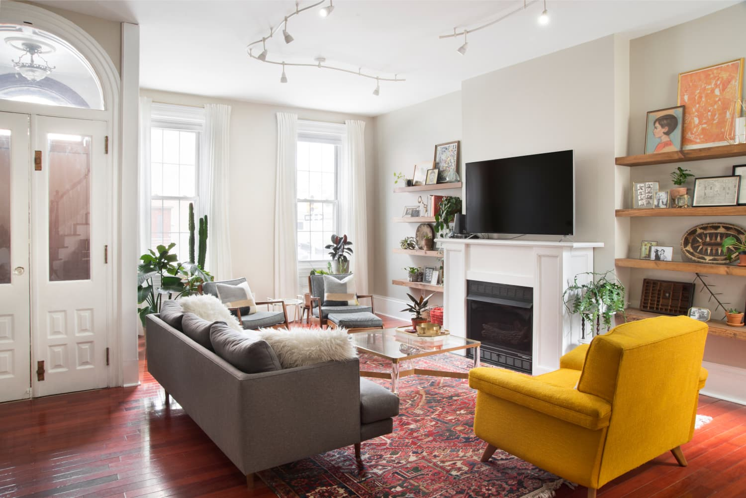 The $5 Secret Weapon a Real Estate Agent Says Instantly Elevates Your Open House