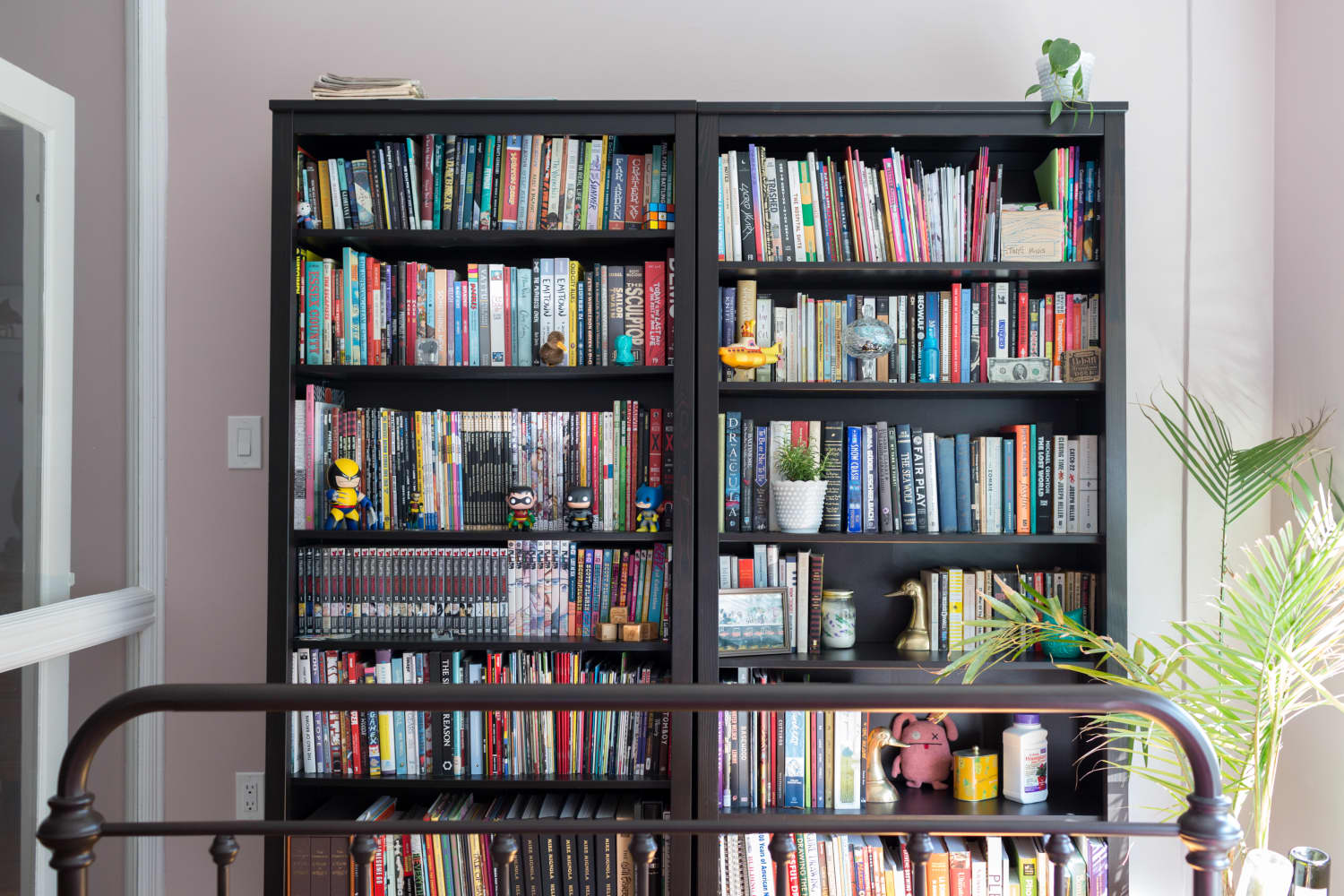 The Best Ways to Organize Books at Home, According to a Librarian