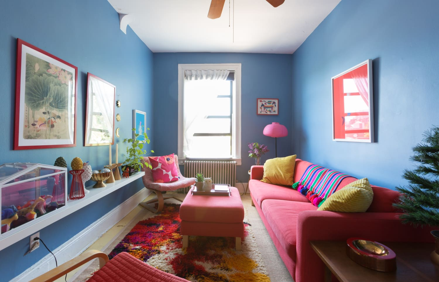 7 Paint Tricks that Make Small Spaces Look Larger, According to Designers