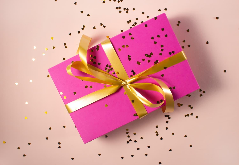 30 Cheap Valentine's Day Gifts Under $30