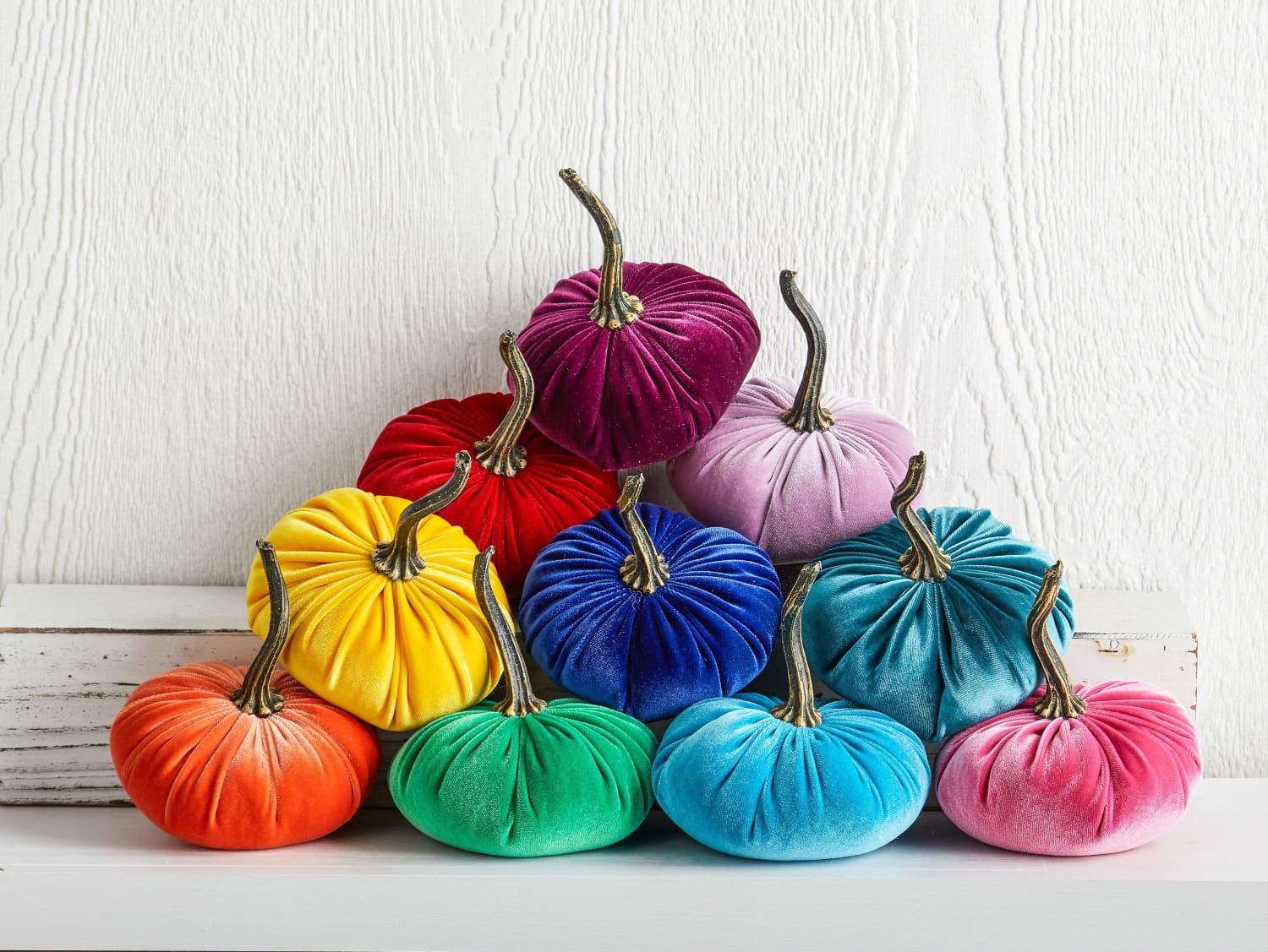 Forget Traditional Color Palettes—We're Decorating for Autumn with Etsy's Rainbow Fall Decor
