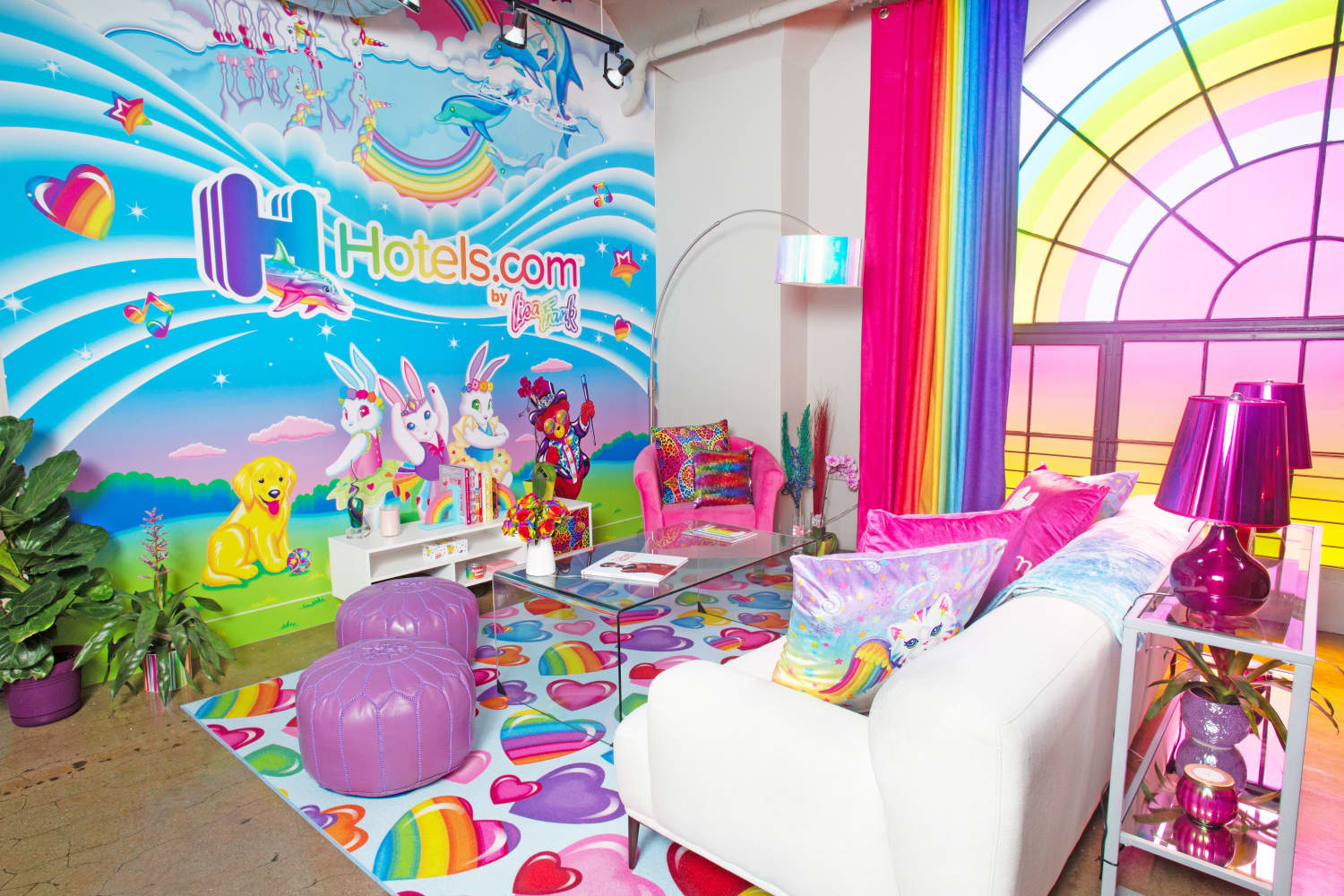 We Toured the Official Lisa Frank Apartment, And You've Got To See the Bathroom