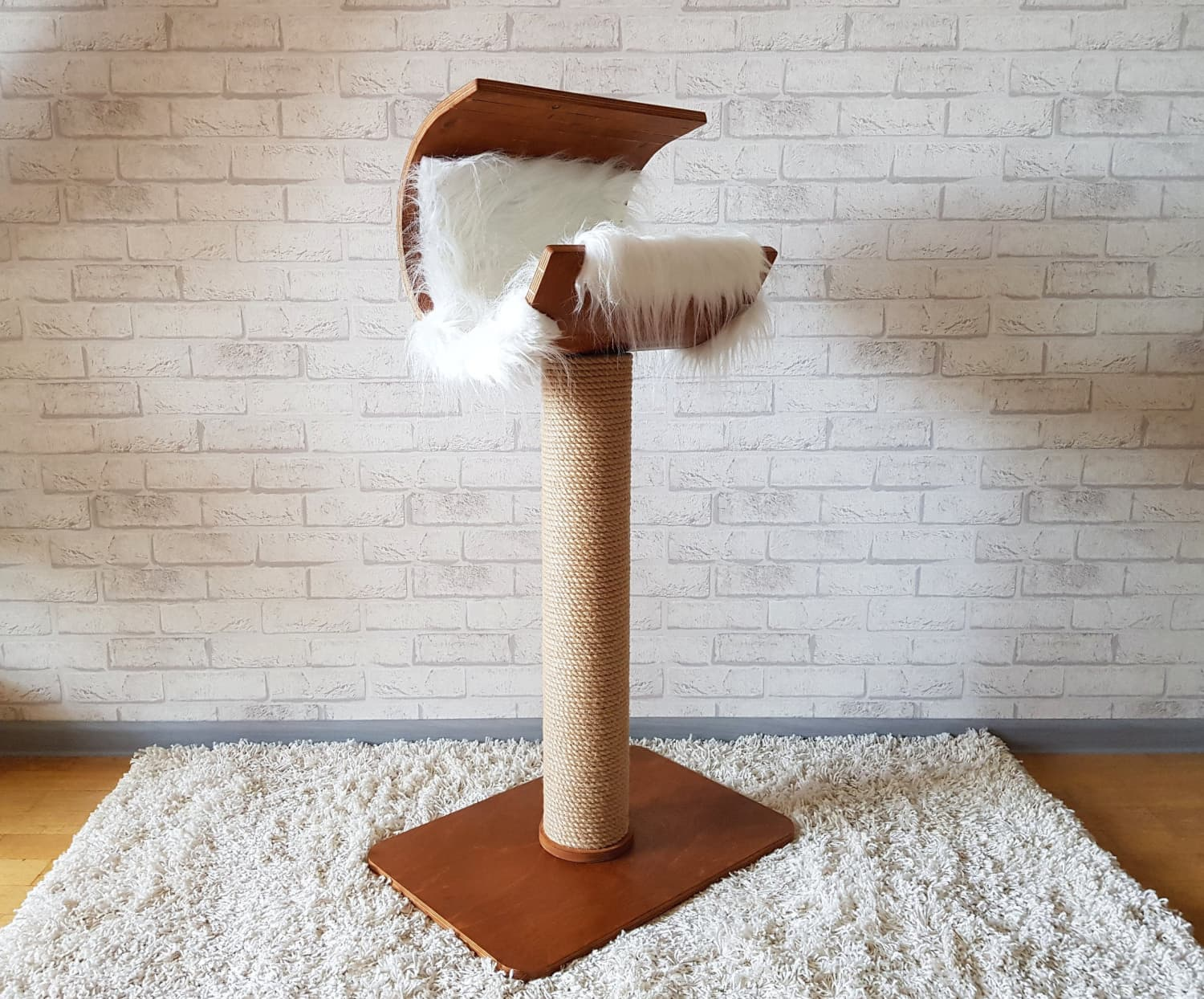 This Etsy Shop Offers a Stunning, Modern Take on Cat Trees and Scratching Posts
