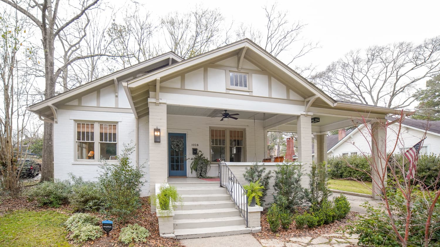 "This Mississippi Cottage from Season 2 of ""Home Town"" is for Sale"
