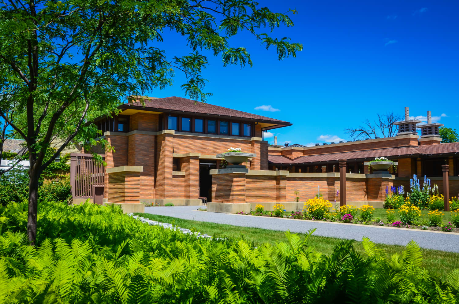 Frank Lloyd Wright Fans: Now You Can Build a Mini Taliesin West Out of Toy Bricks