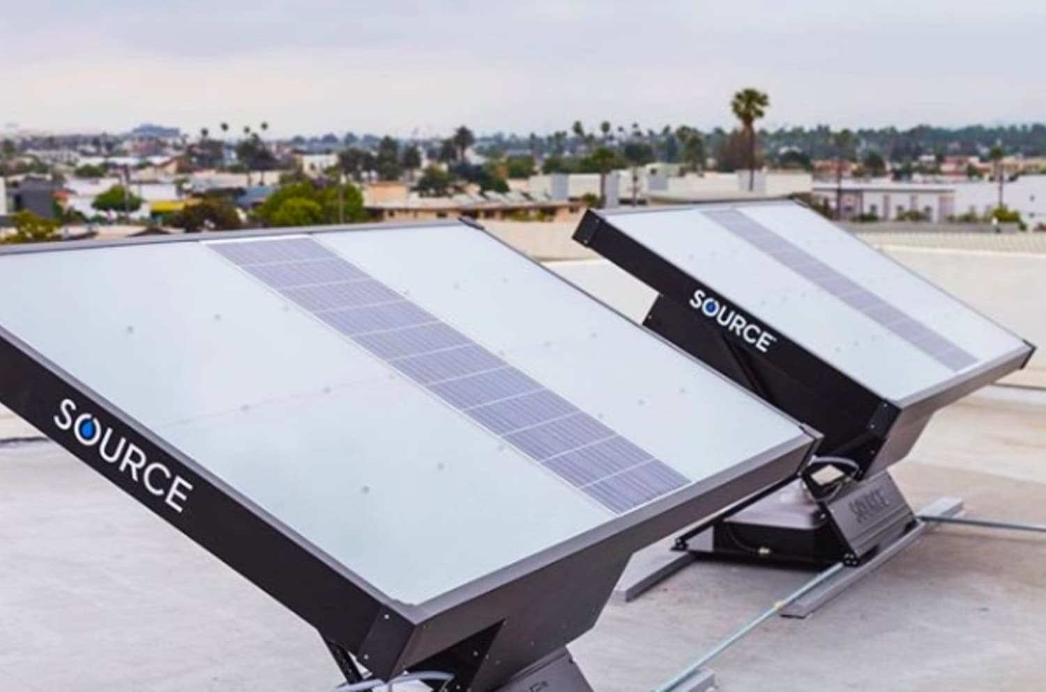 This Solar Panel-Like Device Can Collect and Filter Drinking Water from the Air