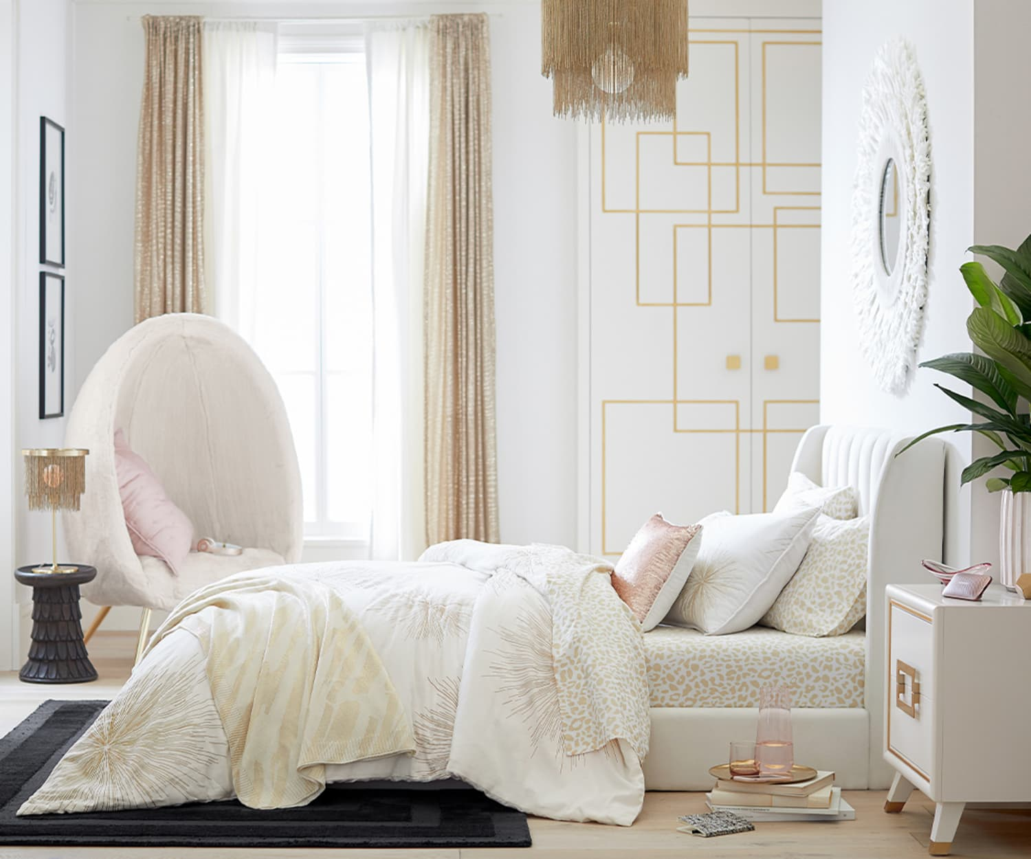 Rachel Zoe's Pottery Barn Teen Collection Is Seriously Luxe—and We Want Everything