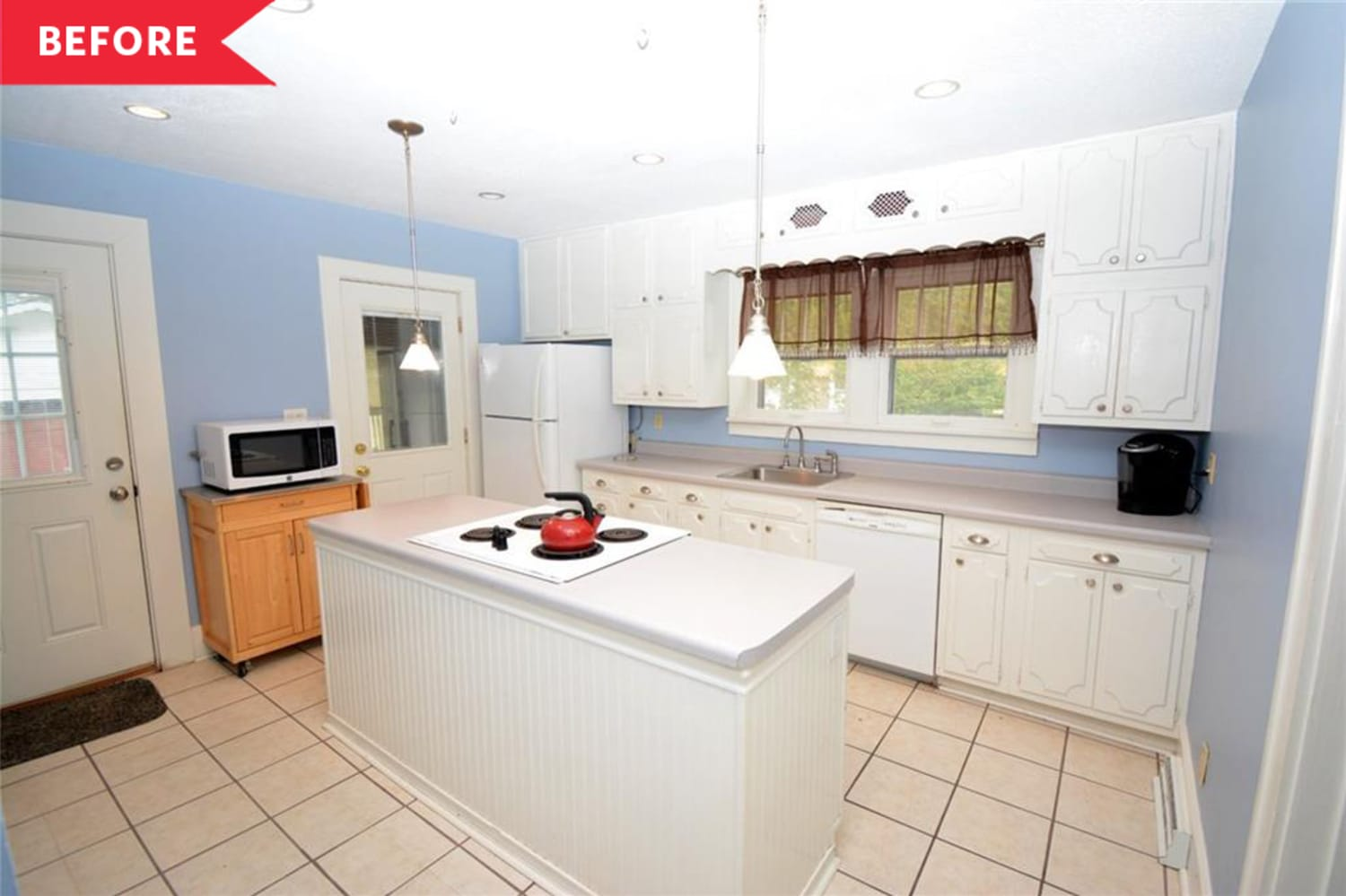Before & After: House Flippers Completely Transformed an Outdated Iowa Kitchen