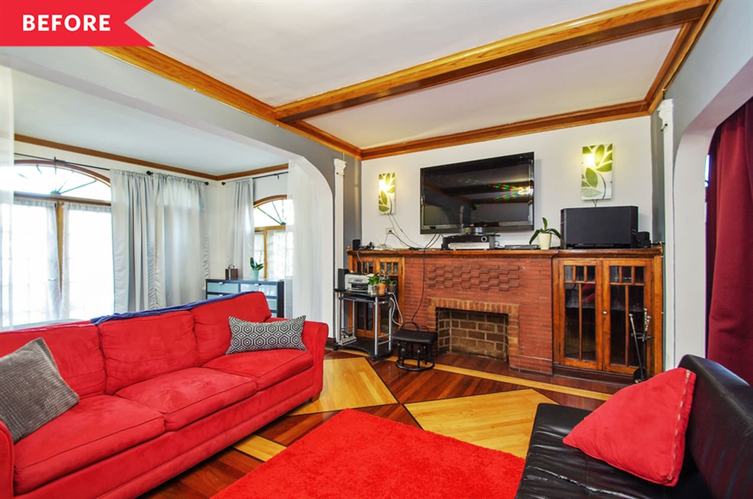 One Couple Turned Their Chicago Living Room Into a Multi-Functional Marvel