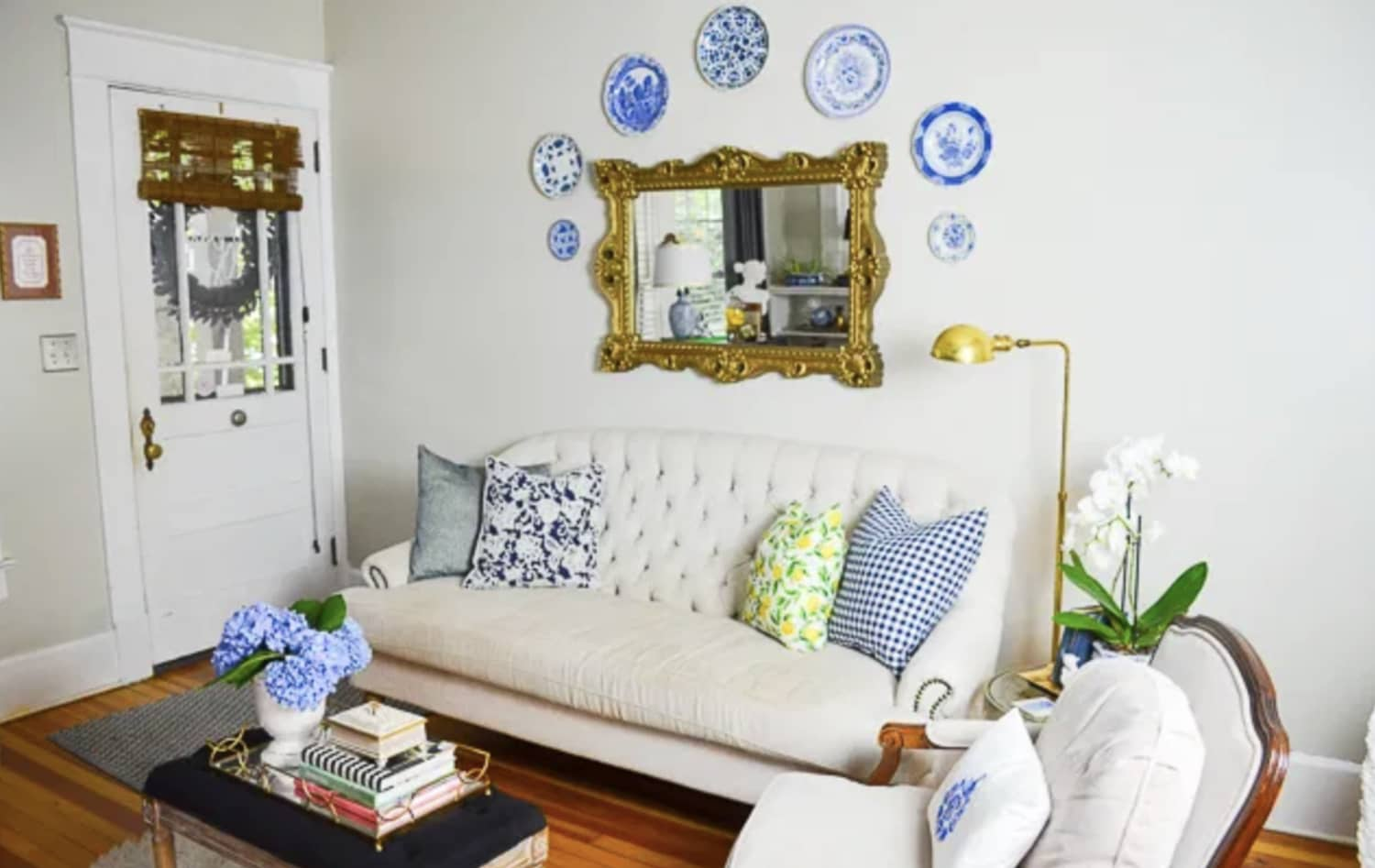 These 5 Rooms Explain Why We're So Obsessed with Pharmacy Lamps